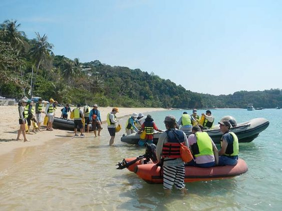 SIA Beach Launch